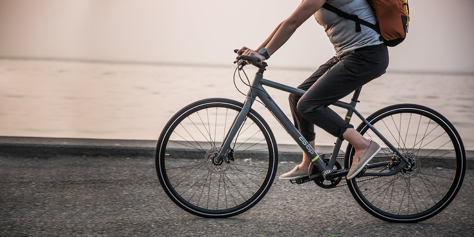 Why Every Women Should Have A Hybrid Bike To Keep Their